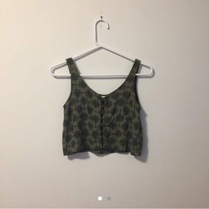 Tops - Green cropped top